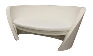 Divani Bianchi Ecopelle : Noleggio divani poltrone pouf e chaise longue per catering ed eventi