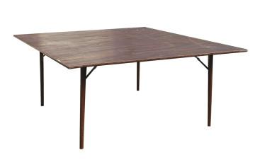 Noleggio tavoli rotondi, quadrati in legno, vimini e ...