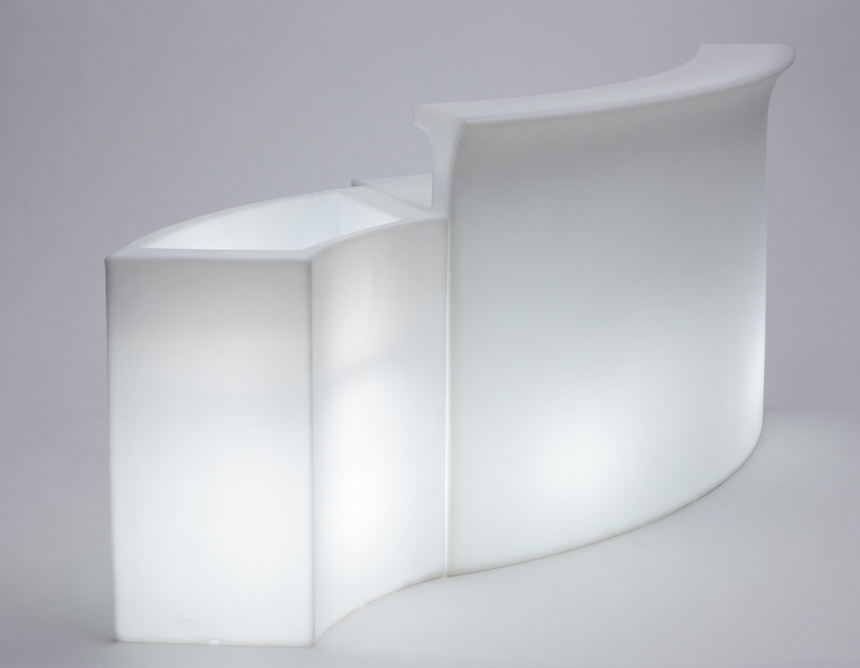 Noleggio arredi luminosi ice bar moduli luminosi for Noleggio arredi bologna
