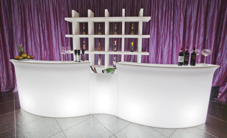 Noleggio arredi luminosi break bar 2 mod 1 mod ice bar for Noleggio arredi bologna