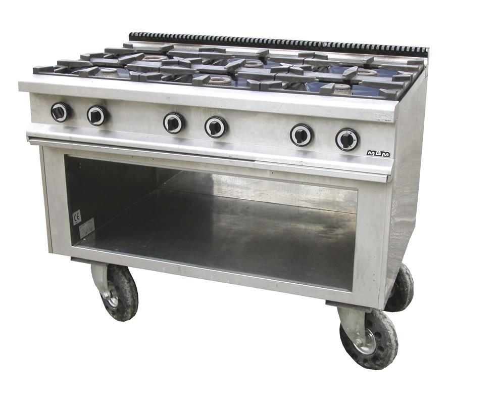 Noleggio materiale da cucina stufe a 6 fuochi for Cucina 6 fuochi zanussi usata