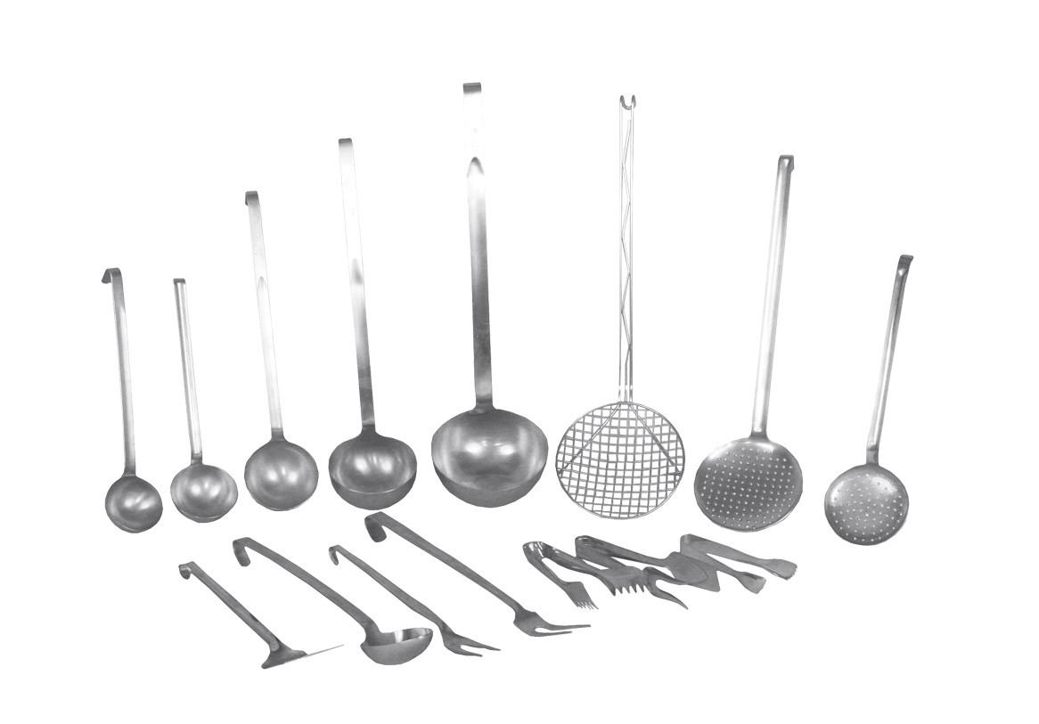 Noleggio pentole e utensili utensili vari da cucina for Kit utensili da cucina