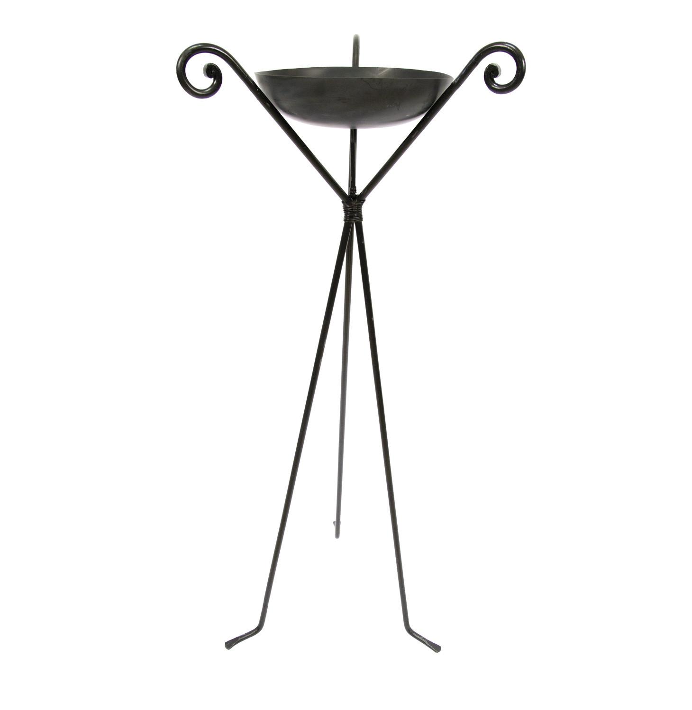 Noleggio complementi d arredo bracieri in ferro battuto for Complementi d arredo ferro battuto