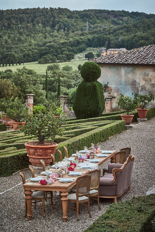 Noleggio salotti salotto turandot for Arredi salotti